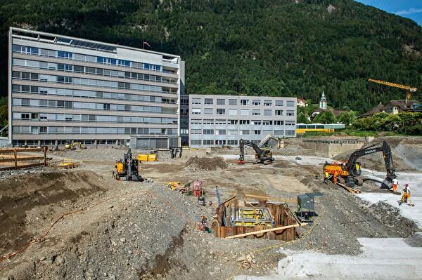 Die Arbeiten am neuen Kantonsspital sind im vollem Gange.