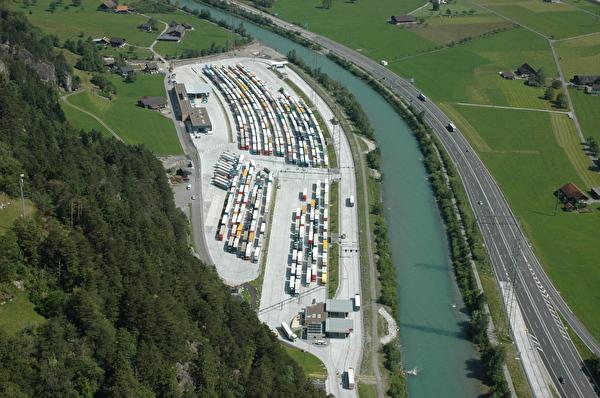 Areal Schwerverkehrszentrum