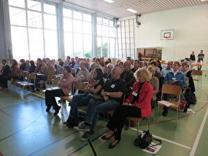 Das Bild zeigt die Teilnehmenden einer Schulpräsidienkonferenz