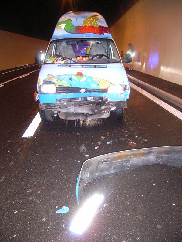 Auffahrunfall auf der Autobahn A2