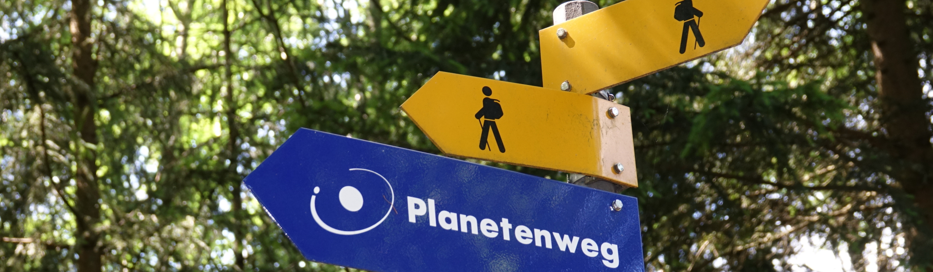 Wanderweg-Schilder