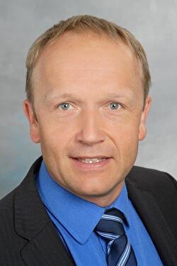 Hauser Adrian