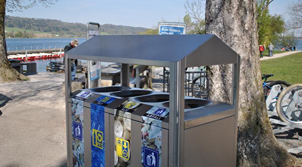 Recyclingstation an der Schifflände Niederuster