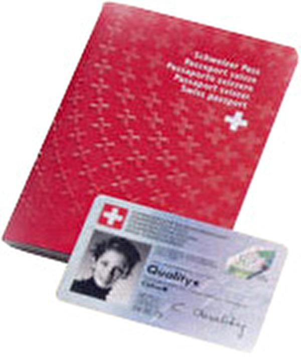 Bilder von Reisepass und Identitätskarte