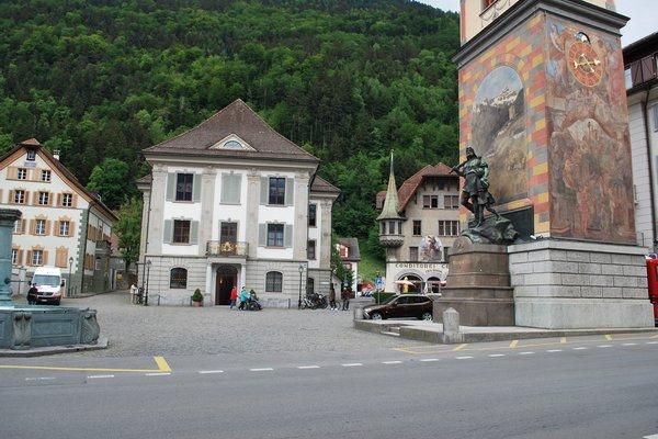 Rathausplatz mit Türmli