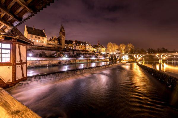 Bremgarten Reussfront in der Nacht