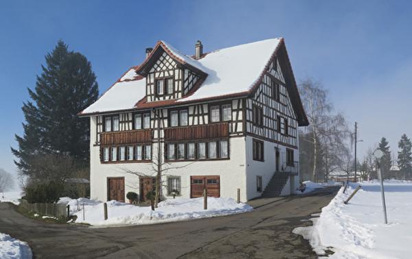Haus im Grüenfeld