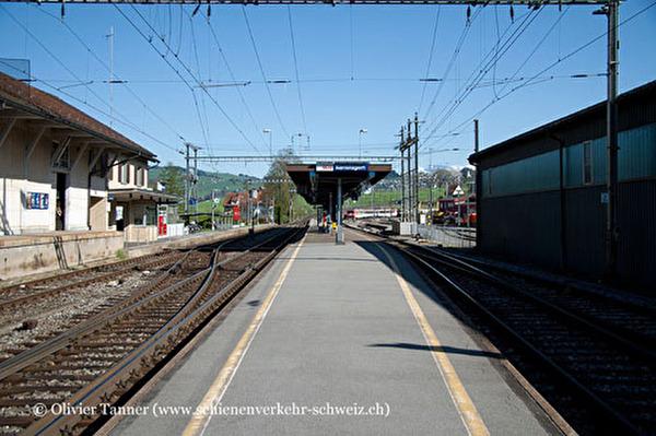 Bahnhof Samstagern