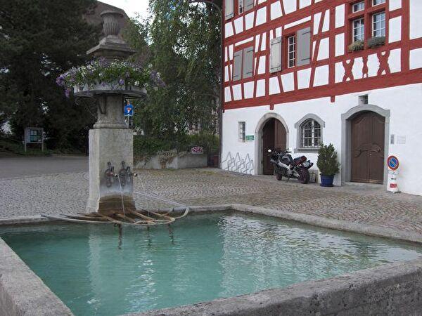 <<Meisenbrunnen>>