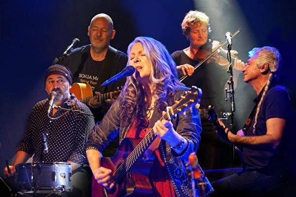 Sängerin Sonja Maria