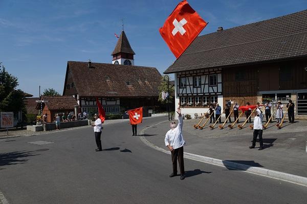 Schweizerflaggen