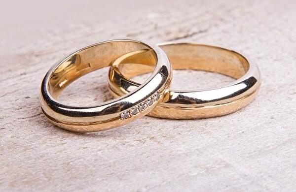 Themenbild zu Ehe | Partnerschaft
