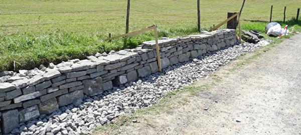 Trockensteinmauer Untereyfeldweg