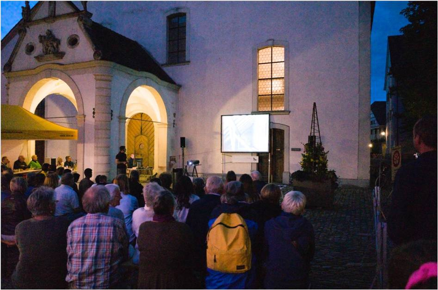 Nacht der Feldermäuse vor der St. Martinkirche