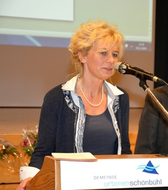 Monika Bernhard