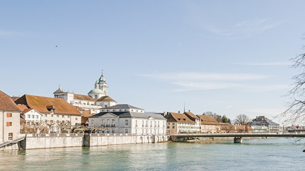 Stadt Solothurn Blick über die Aare