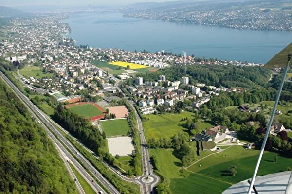 Luftbild der Sportanlage Waldegg (Foto: W. Stünzi)