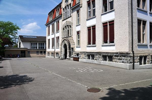 Turnhalle Rotweg