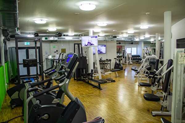 4 Fitness Training