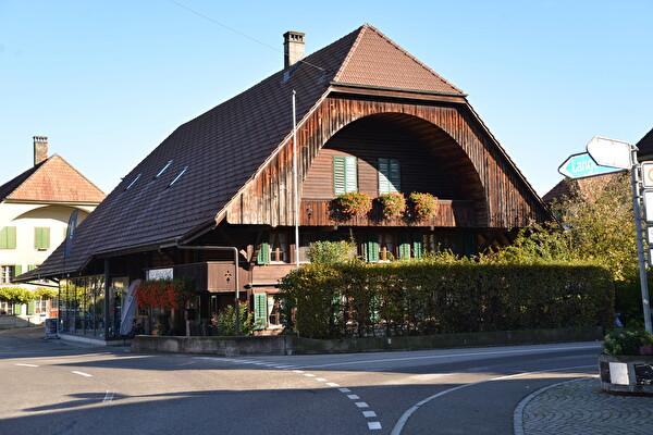 Bauernhaus Krauchthaler und Stöckli