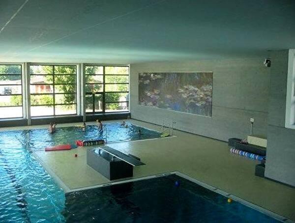 Schwimmbad Oberwil