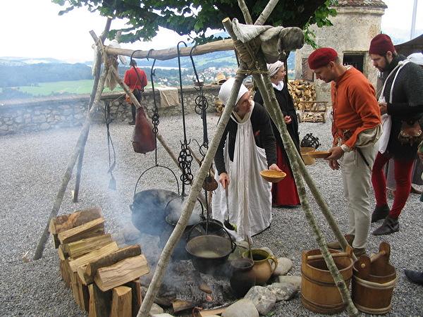 Fête de la St-Jean à Gruyères
