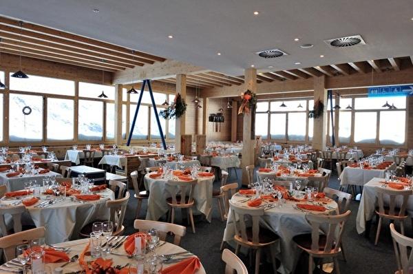 Innenansicht Bergrestaurant Morenia