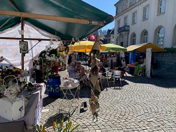 Wochenmarkt auf dem Obstmarkt