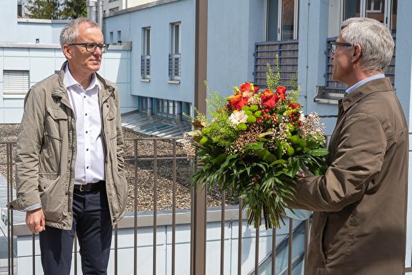 Der neu gewählte Gemeindepräsident Max Eugster (links) und sein Vorgänger Kurt Geser.