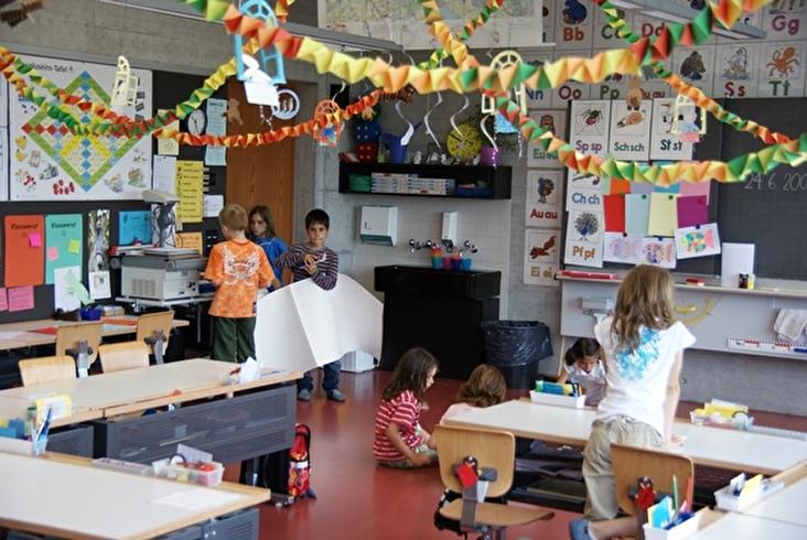 Schulklasse im Unterricht