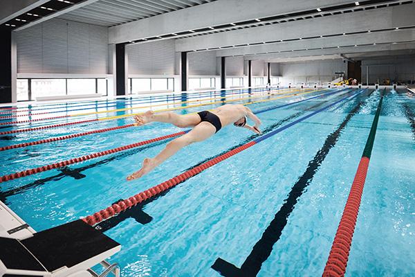 Schwimmhallen