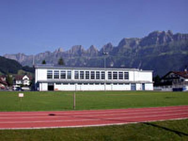 Mehrzweckhalle Kirchbünte