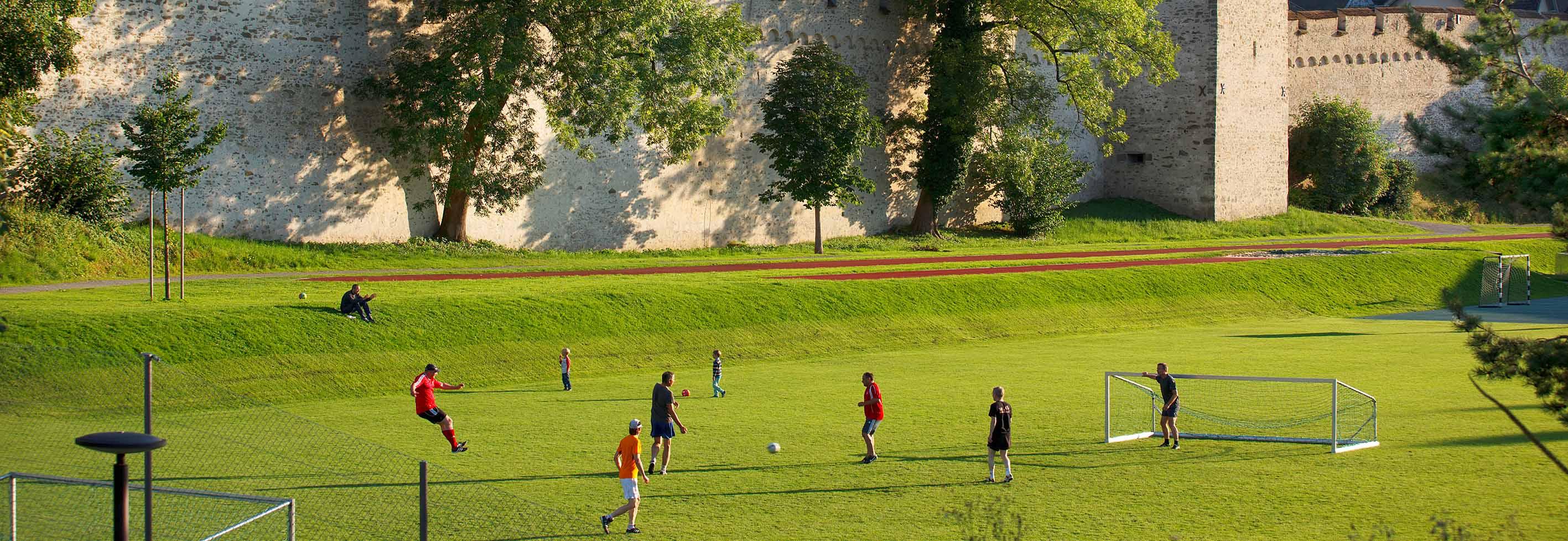 Sportanlagen & Schulräume