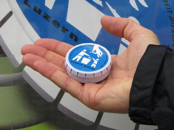 Luzern glänzt – gegen Littering von Zigarettenstummel
