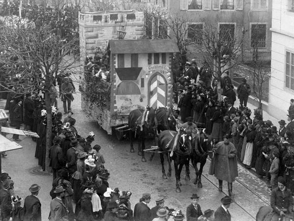 Fritschiumzug 1900