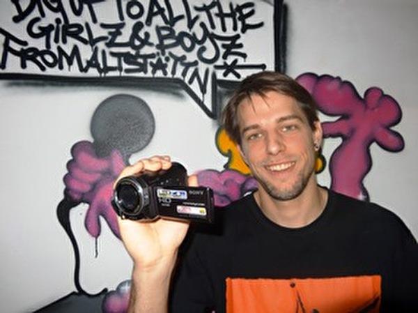 Tobias Müller sucht aktuell filminteressierte Teens, die gerne beim neuen Jugendfilm mitwirken möchten.