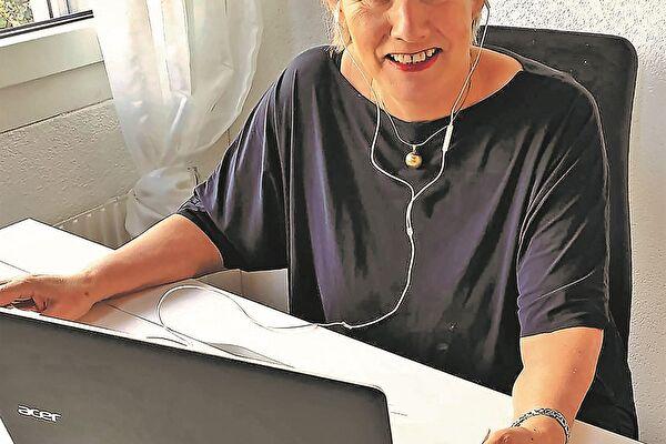 Familienfrau Margrith Lenz freut sich auf den coronabedingten Online-Vortrag «aus ihrer Stube».