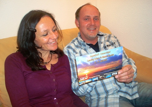 Veronika und Jürgen freuen sich auf das Sola an Spaniens Meer
