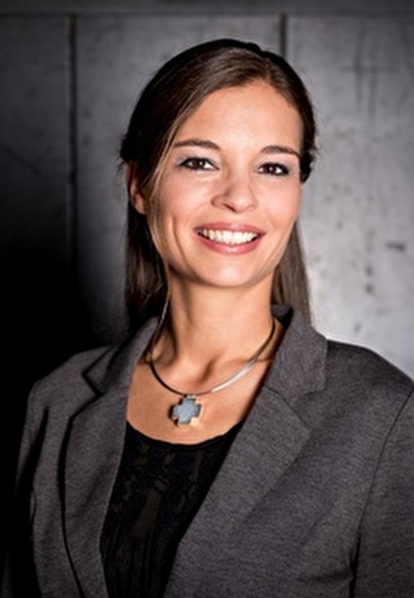 Marion Sontheim kennt die heutigen Herausforderung in der Erziehung bestens und gibt gerne ihren Erfahrungsschatz weiter.