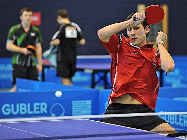 Voller Einsatz der Tischtennis-Elite am Obersee Cup