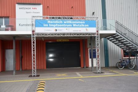 Eingang Impfzentrum Wetzikon