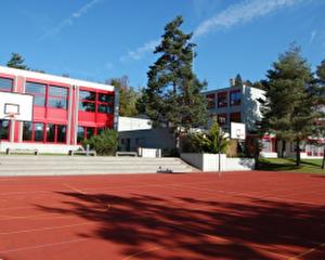 Spielplatz Schulhaus Letten