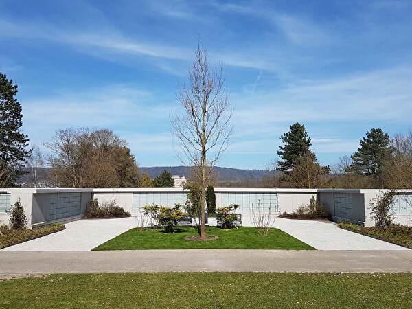 Ergänzung Urnennischenwand Friedhof Guggenbühl