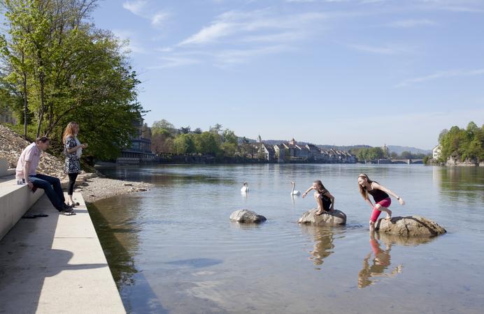 Aktivitäten in Rheinfelden, Rheintreppe, Familie