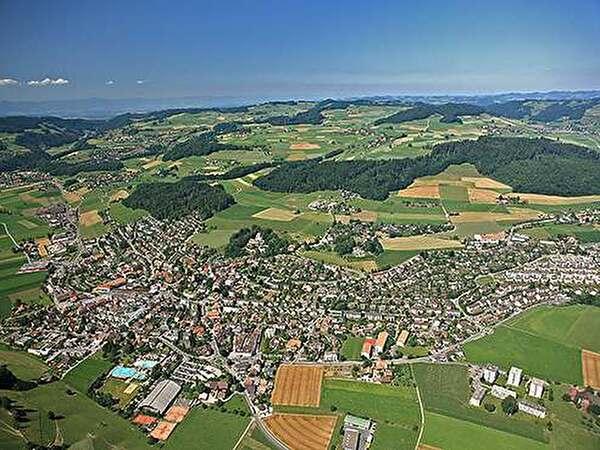 Luftaufnahme der Gemeinde Worb