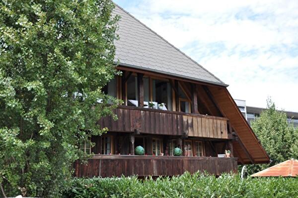 Ehemaliges Bauernhaus (Foto Franziska Ryter 2012)