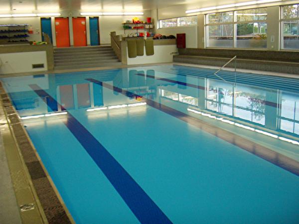 Lehrschwimmbecken Rüfenacht
