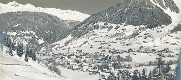 800 Jahre Klosters