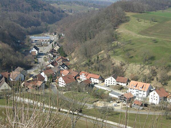 Dorf Densbüren