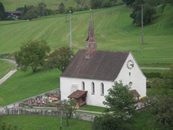 Bild der reformierten Dorfkirche Densbüren
